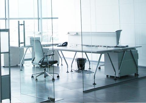 Puertas de cristal a medida para tiendas oficinas o chalets for Puertas de cristal para oficina