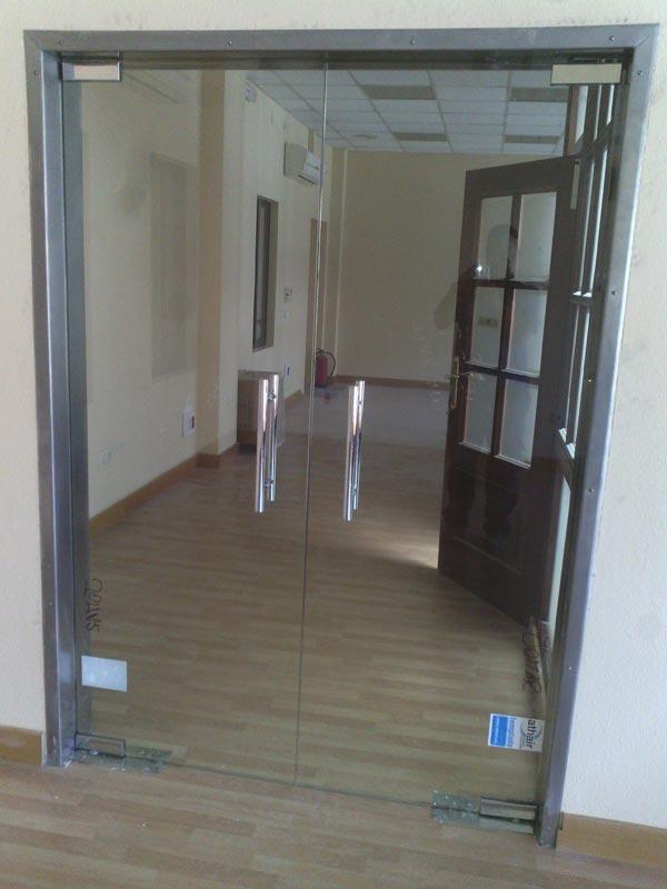 Puertas de cristal for Puerta cristal templado